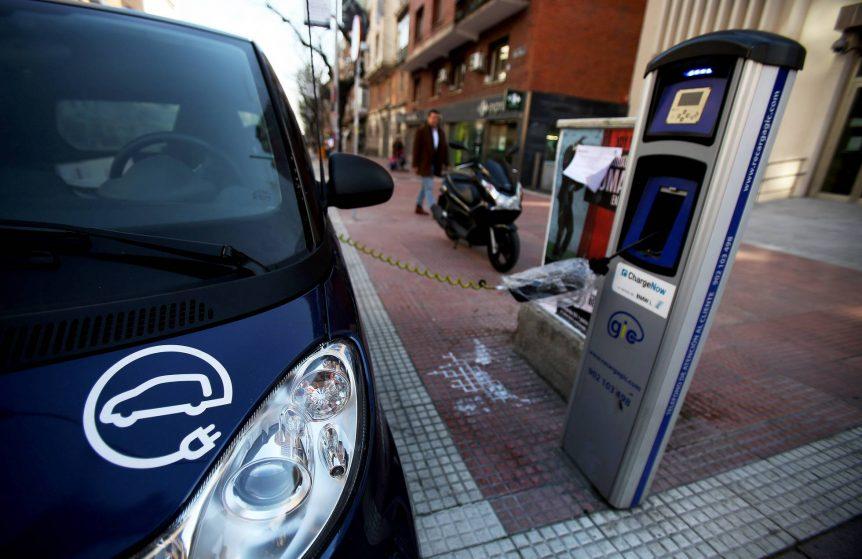 LA VENTA DE COCHES HÍBRIDOS Y ELÉCTRICOS EN MADRID, ESPAÑA CRECE UN 90% EN LOS ÚLTIMOS CUATRO MESES 1489516445 282623 1489520121 noticia normal recorte1 862x559