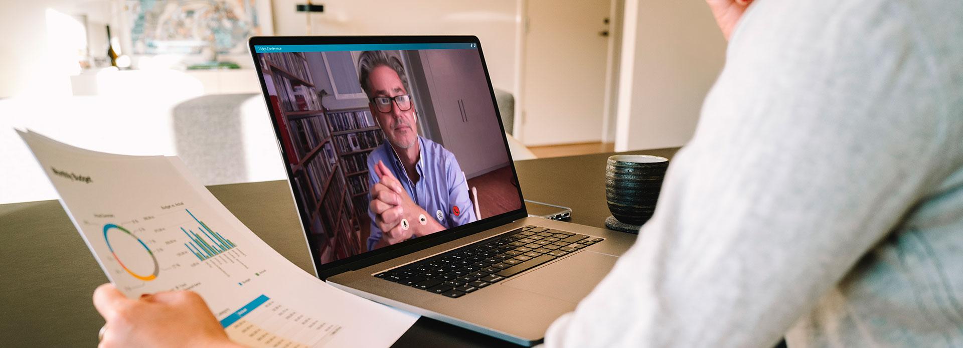 Image toyota colombia Hablar con un Asesor Asesor CVI