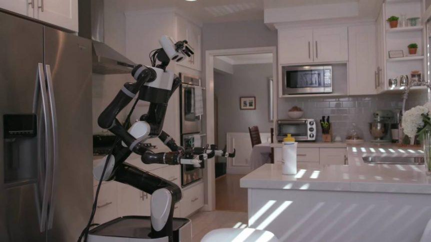 Así entrena Toyota a los primeros robots mayordomo Asi   entrena Toyota a los primeros robots mayordomo 862x485