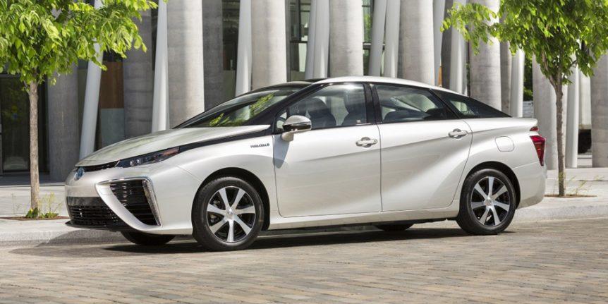 toyota Toyota se atreve con el coche de hidrógeno y aumenta su producción mirai 862x431