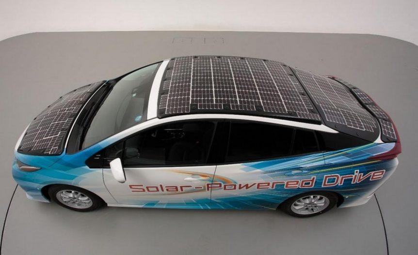 Este Toyota Prius con paneles solares recorre 16.200 Kilómetros al año gratis toyota paneles solares recorre 16200 kilometros ano gratis 862x527
