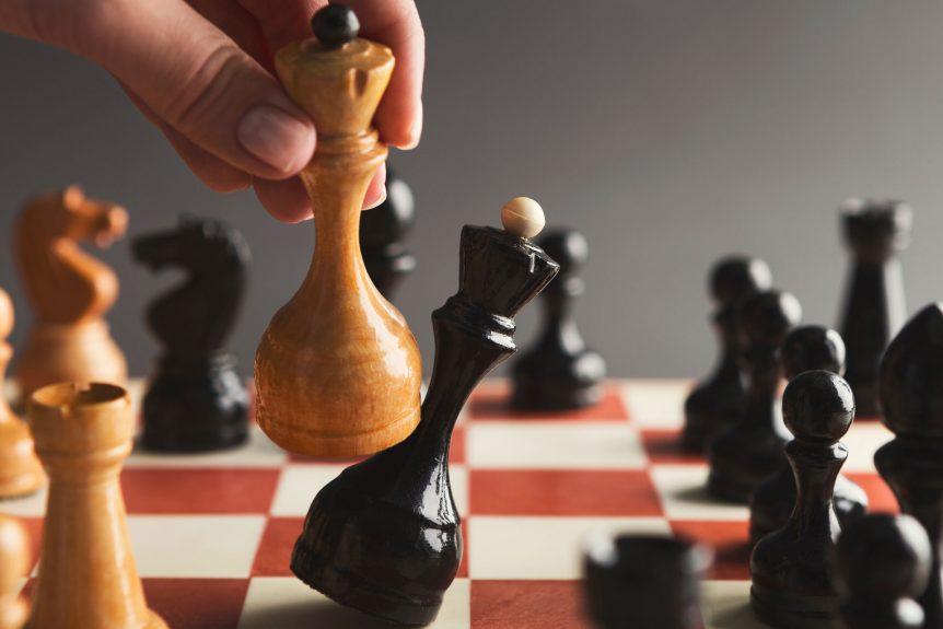 secretaría de tic y competitividad e incubar iniciarán programa de emprendimiento Secretaría de TIC y Competitividad e Incubar iniciarán programa de emprendimiento hand take checkmate on chessboard during game KLN4WGT 862x575