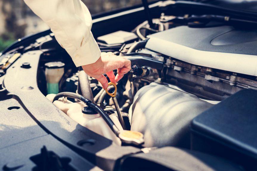 consejos para mantener tu toyota en buenas condiciones Consejos para mantener tu TOYOTA en buenas condiciones trying to fix the car Z8BX9DL 862x575