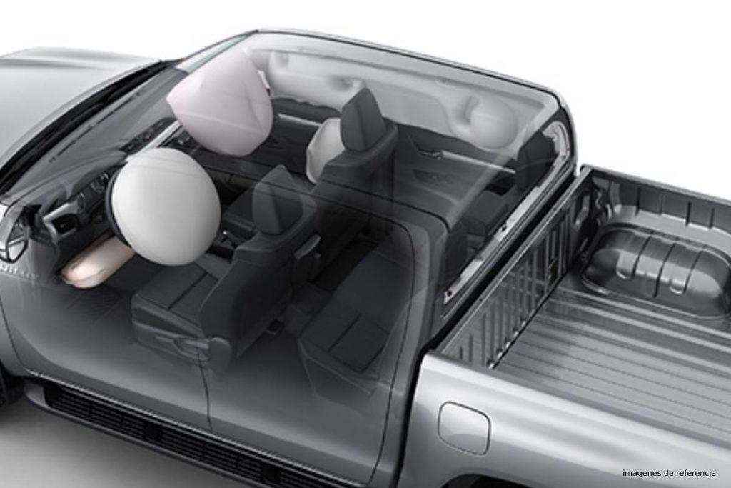 HILUX 2.4L DIESEL AUTOMÁTICA hilux airbags 1024x683 2