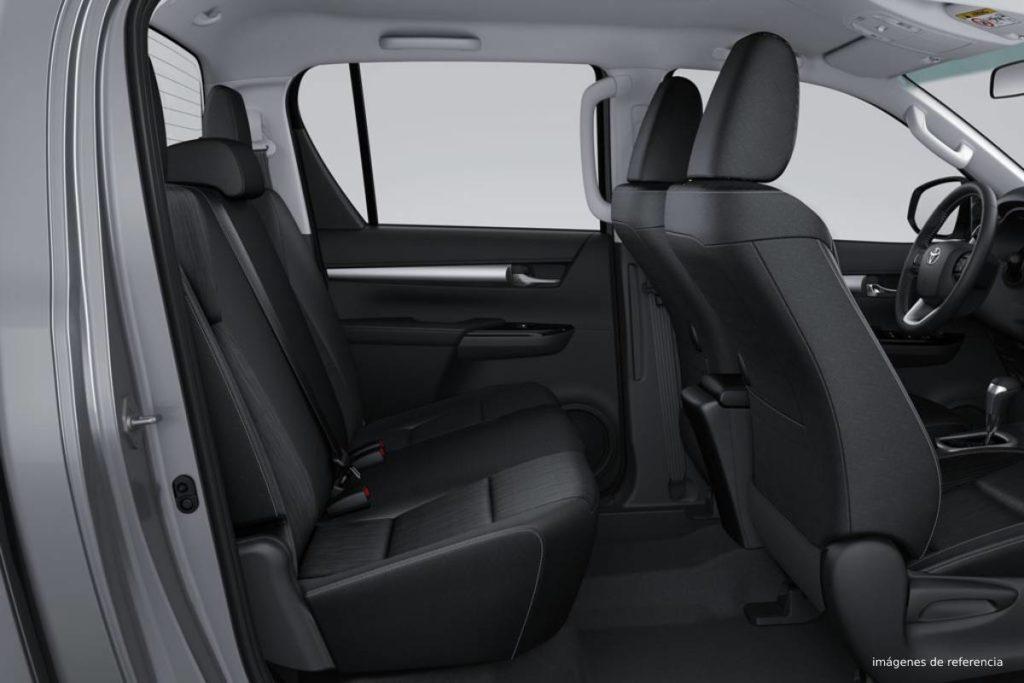 HILUX 2.4L DIESEL AUTOMÁTICA hiolux tp cabina 1024x683 1