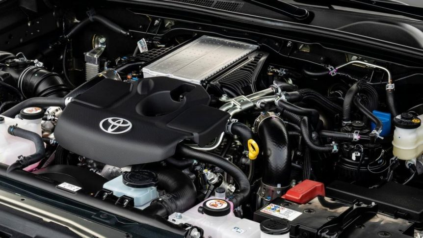 toyota Toyota no abandona el diésel, estos modelos seguirán usándolo toyota diesel 2295519 862x485